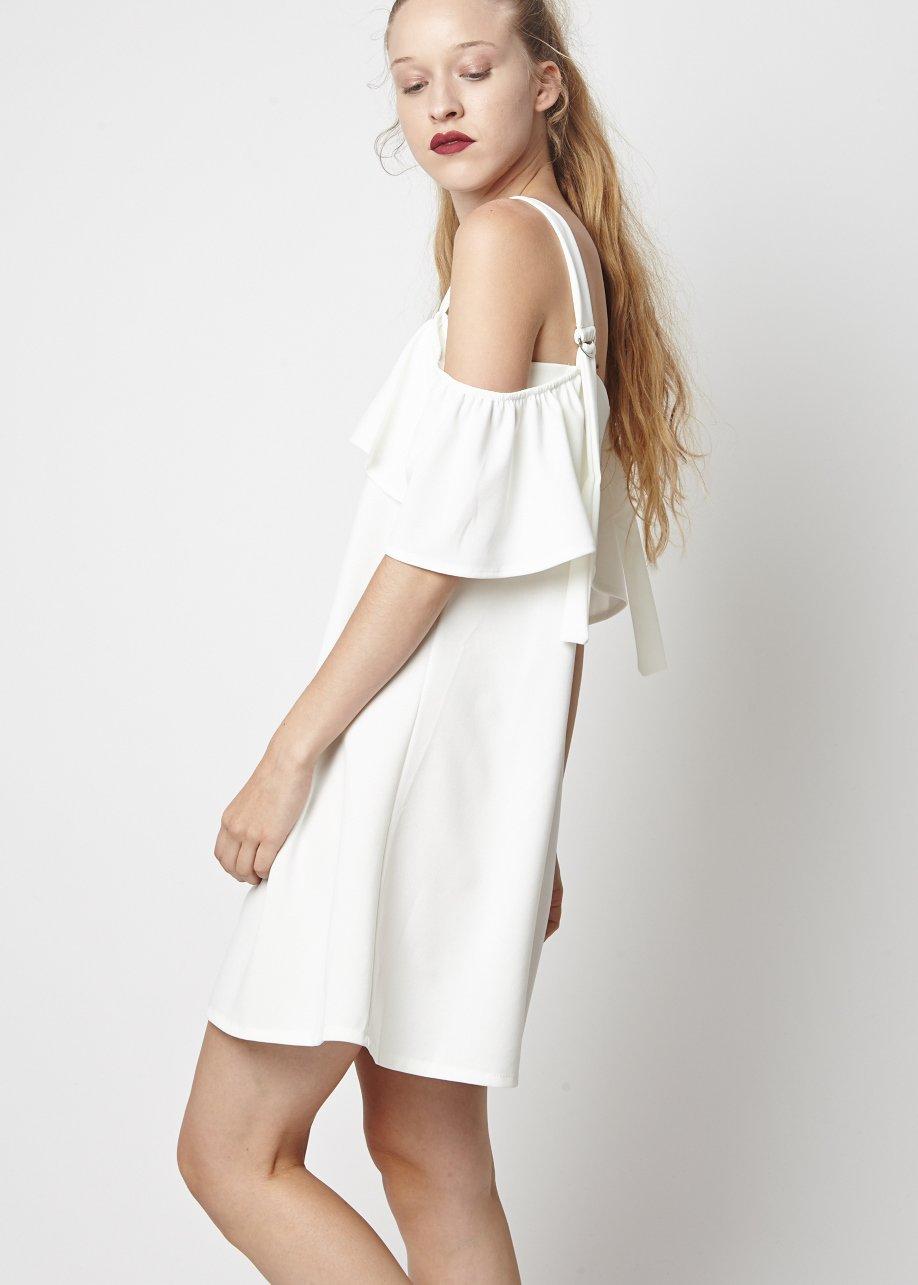 Vestido off-shoulder