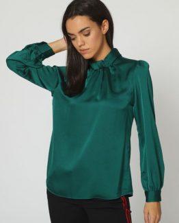Blusa satinada cuello alto - Tutto Tempo